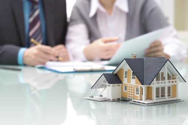 L'assurance est-elle obligatoire ou facultative pour un prêt immobilier ?